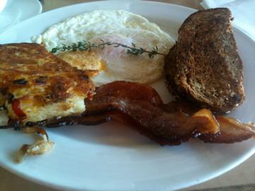 Breakfast at Mala Ocean Tavern: Bacon and Eggs