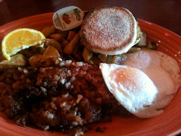 Brunch at Mooses McGillycuddy's: Corn Beef Hash and Eggs
