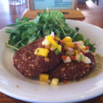 Koa's Seaside Grill: Mac Nut Crab Cakes